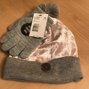 NWT DKNY Girls Pink & Grey Hat & Glove Set